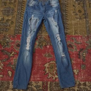 VIP skinny destroyed  Jeans size 9/10 EUC